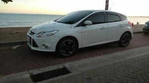 Ford focus titanium plus -