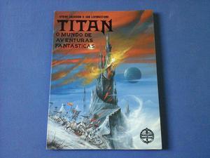Vendo 02 Livros de aventura Titan só vendo os dois