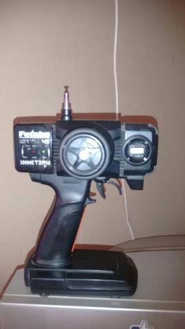 Vendo rc automodelo.eletrico off road 4x4