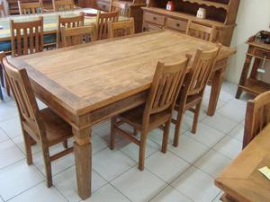 Conjunto de Mesa com cadeira em madeira de demoliçao