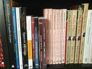 25 livros semi novos best-seller atuais pode escolher