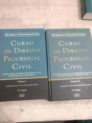 Livros usados de Direito