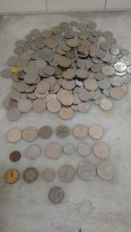 Vendo esse lote todo de moedas antigas