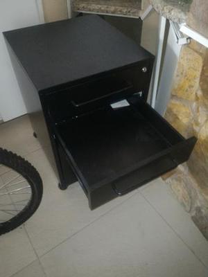 Barbada gaveteiro de aço só 200 reais