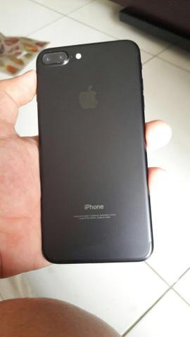Smartphone Apple iPhone 7 Plus 32GB Desbloqueado Preto Matte