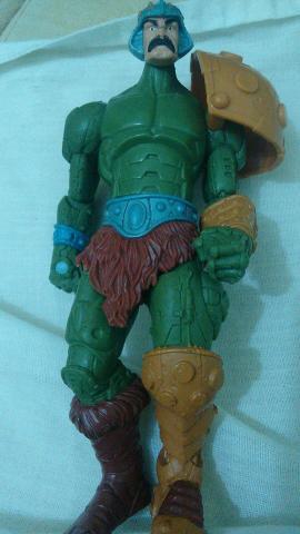 Boneco do mentor he-man