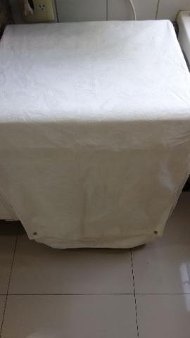 Capa para lava-roupa de tombamento (abertura pela frente).