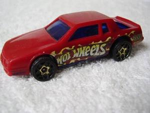 Carrinho Miniatura Hot Wheels Chevy Stocker Escala 1:64