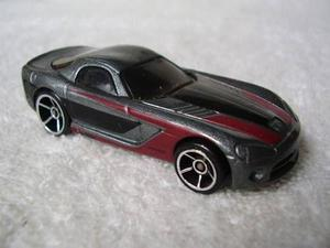 Carrinho Miniatura Hot Wheels Dodge Viper Escala 1;64