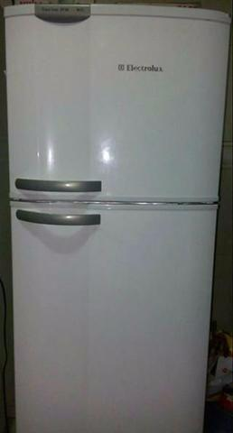 Refrigerador Electrolux Frost Free Duplex DF38A - 346 L