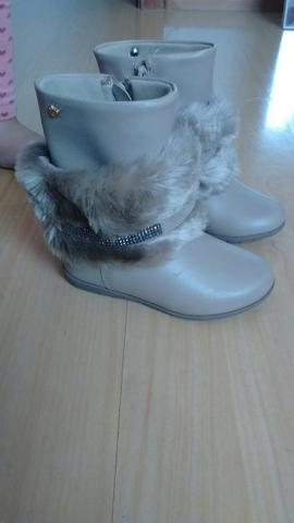 Calçados de menina