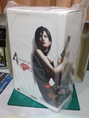 Hot Toys Ada Wong Resident Evil 4