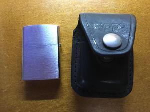 Isqueiro zippo aço escovado com capa de couro