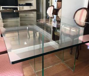 Mesa em vidro quadrada