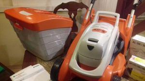 Máquina de cortar grama da STIHL última geração