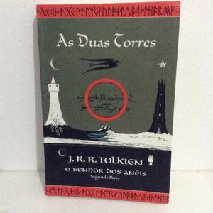 O Senhor dos Anéis - As Duas Torres (Capa Tolkien)