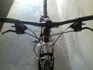 Vendo uma bike caloi t-typ aro 26