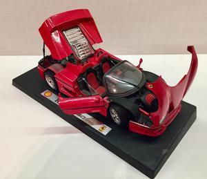 Carrinho miniatura Ferrari