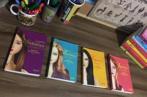 Coleção Pretty Little Liars - Livros (13 volumes)