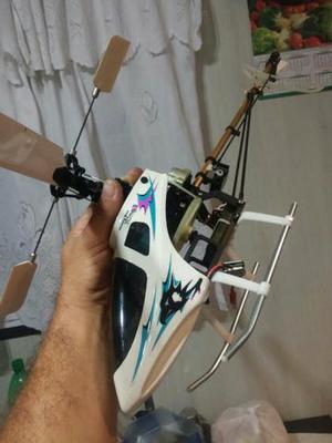 Helicóptero. e rádio