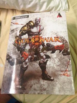 Kratos Play arts kai
