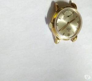 Relógio marca Omega modelo Bomber caixa em ouro