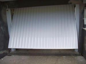 Portão de alumínio Basculante