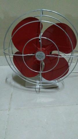 Vendo ventilador General elétric da década de 60
