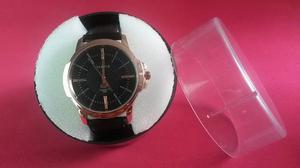Relógio Yazole masculino com pulseira de couro e estojo' em