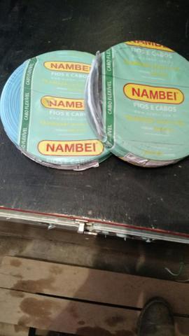 Vende se 3 Rolos De Fios Nambei