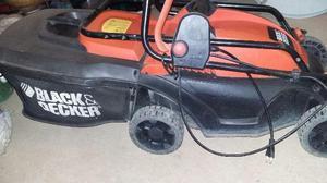 Cortador de grama Black Decker  watts potênci