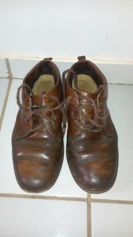 Desapego sapato de couro n.41
