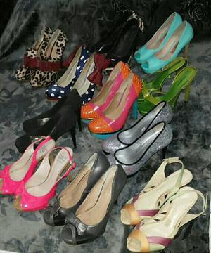 Lote de sapatos R$