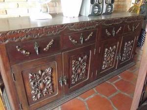 Sala de Jantar em madeira maciça estilo Manoelino