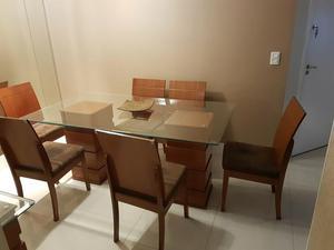 Mesa de jantar com 6 cadeiras + aparador