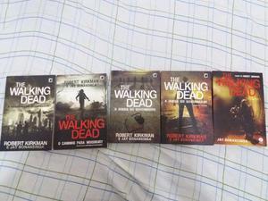 5 livros da série The Walking Dead, todos em ótimo estado