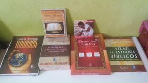 Coleção de livros de teologia novo