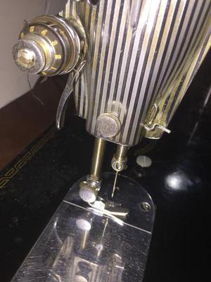 Combo gabinete de costura profissional + maquina de costura