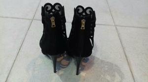 Sapatos salto altos lindos