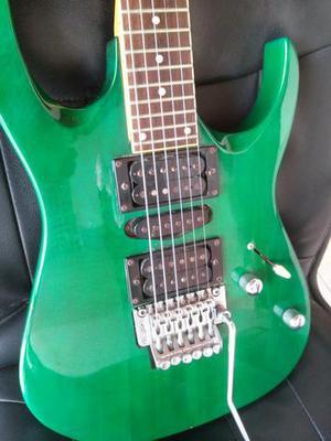 Guitarra Tagima, com floyd rose e microafinação