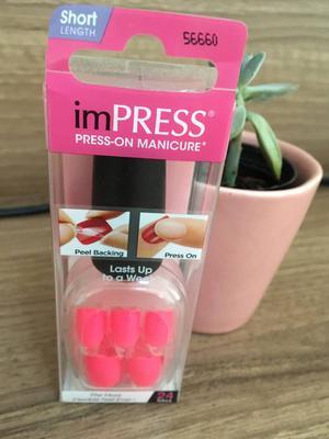 unhas fácil pink fluor