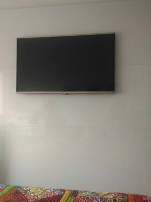 Painel parede MDF branco 1,80x1,80