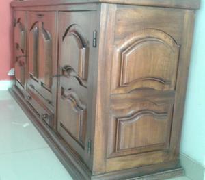 arca antiga de madeira maciça