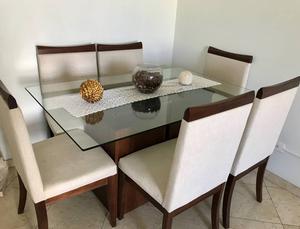 conjunto de mesas e cadeiras de jantar