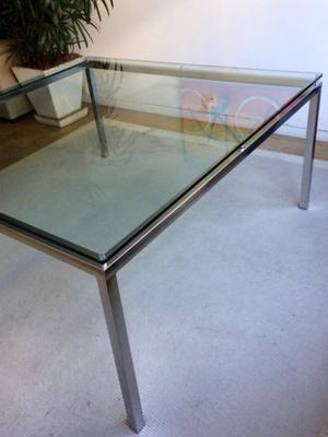 mesa tampo em cristal bizotado de 1,5cm de espessura, pé de