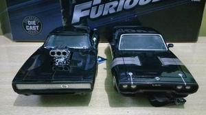 Miniatura Plymouth GTX e Dodge charges
