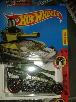 Miniatura Tanque de Guerra Hot Wheels