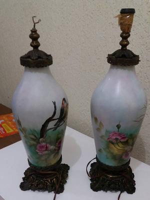 Abajur de porcelana e bronze pintado a mão