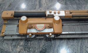 Máquina de tricô Singer