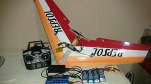 Aeromodelo (zagi) completo